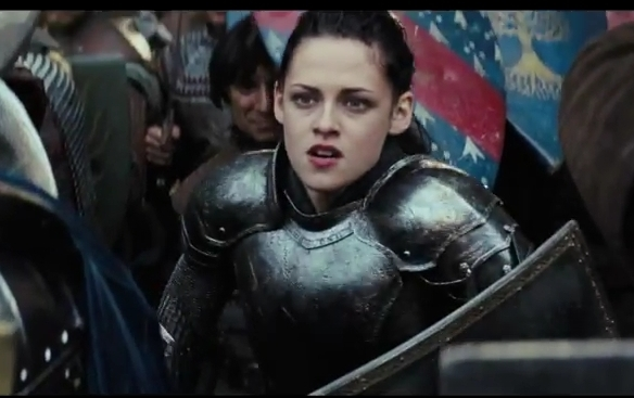 Snow-White-and-the-Huntsman-First-Look[www_savevid_com]_flv_000286853