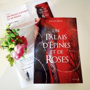 un-palais-depines-et-de-roses